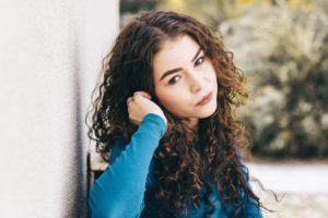 grow long curly hair